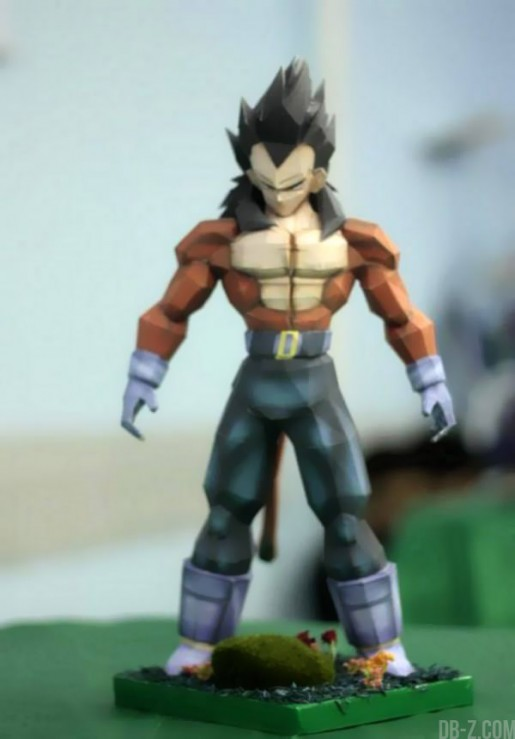 Dragon Ball Papercraft : Vegeta Super Saiyan 4