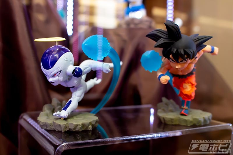 Dragon Ball Super - World Collectable Diorama Vol.3 Goku & Freezer (Juin 2019)