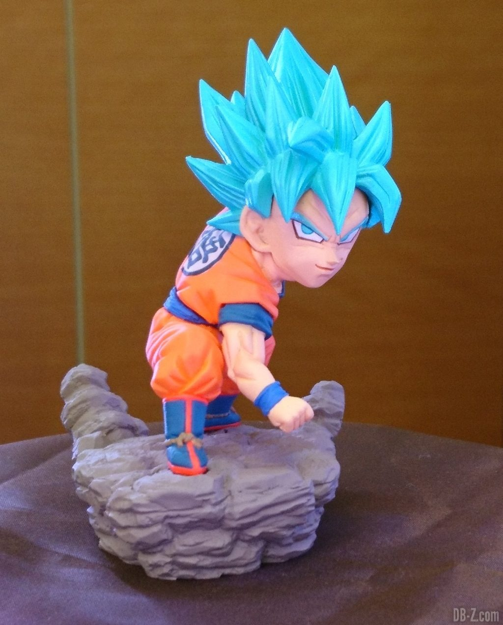 Dragon Ball Super - World Collectable Diorama Vol.3 Goku SSGSS (Banpresto) (Juin 2019)