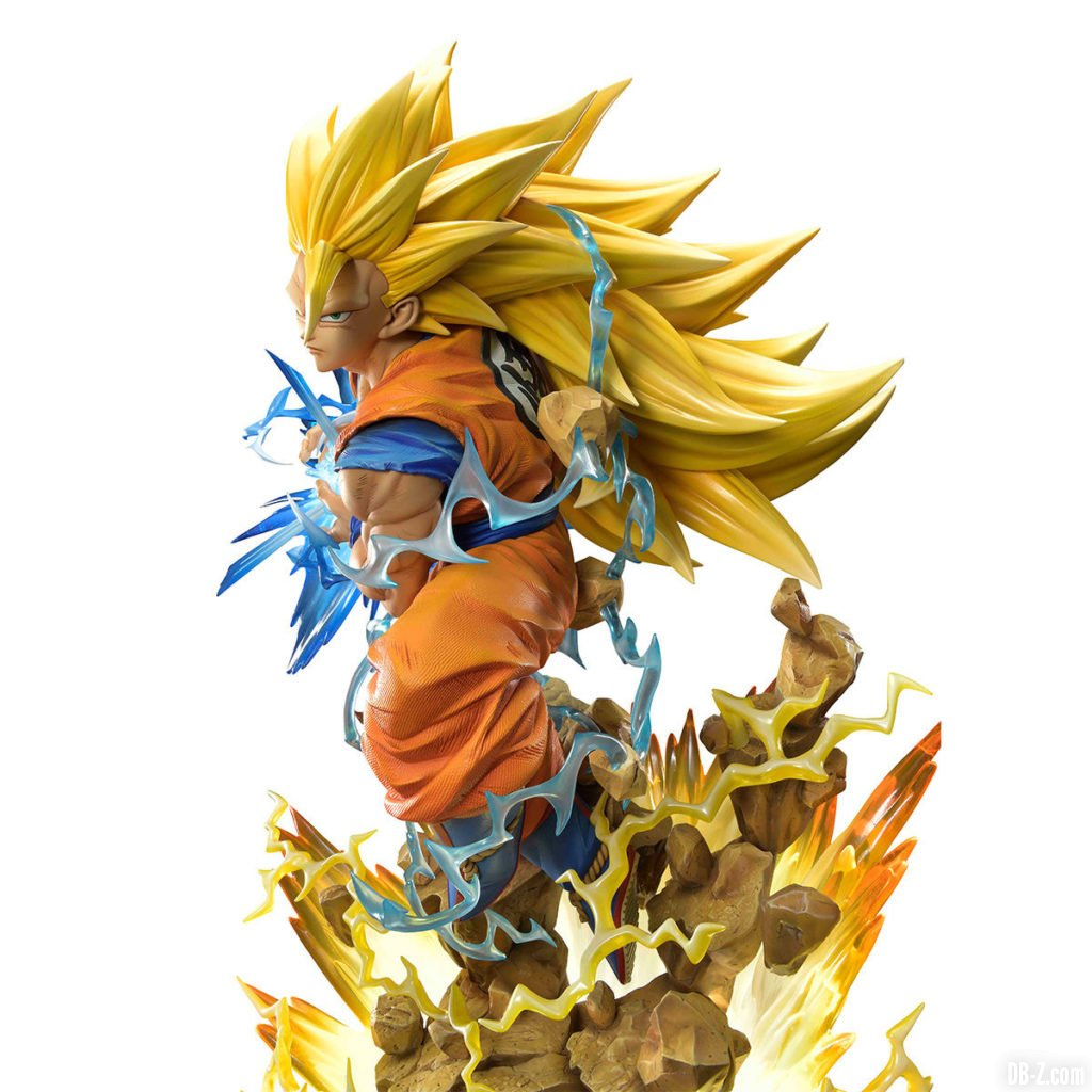 Mega Premium Masterline Dragon Ball Z Son Goku Super Saiyan 3 0002