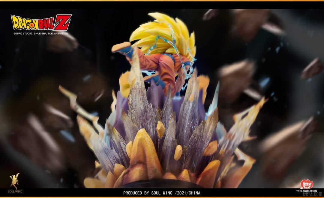 Goku-Super-Saiyan-3-vs-Buu-Soul-Wing-Image-4